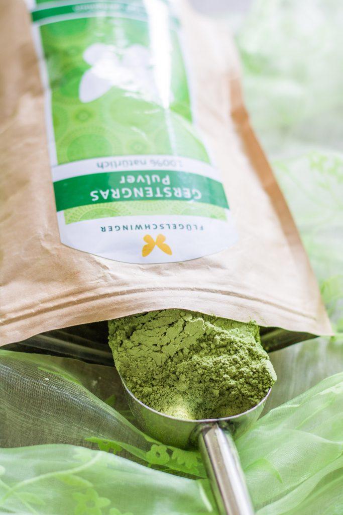 Inhaltsstoffe Gerstengras_Gerstengraspulver aus der Tüte
