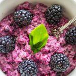 Beeren_Porridge_lila_Haferbrei