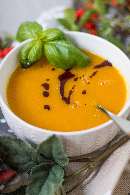 Apfel-Möhren-Suppe