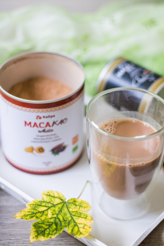 Macakao Getränk. Kakao und Macapulver
