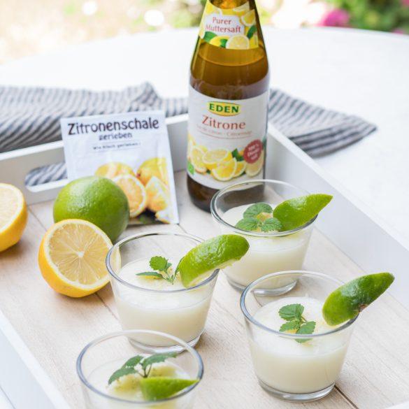 Veganer Zitronenpudding mit Zitronensaft und Zitronenabrieb