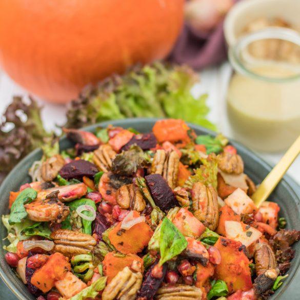 Bunter Ofengemüse-Salat mit Kürbis