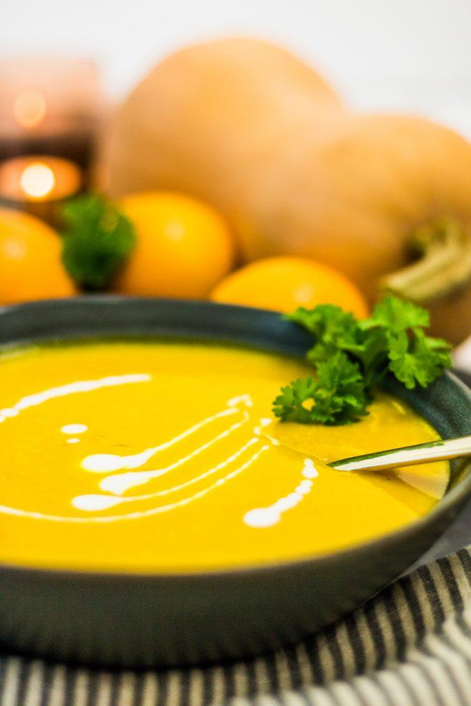 Vegane Butternut-Kürbissuppe